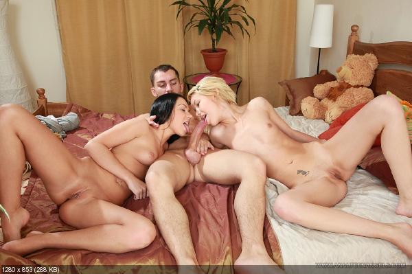 порно ролики два мужика и баба