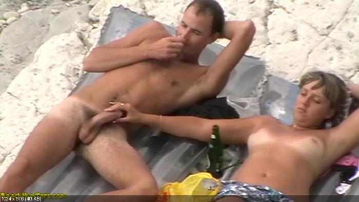 порно пляж кабин