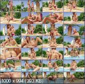 ClubSevenTeen - Amber, Cleo - A Holiday Movie By Chloe And Daphne [HD 720p]