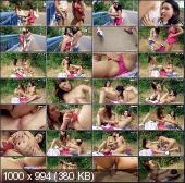 ClubSevenTeen - Klaris, Angelica - Daring Teens Undressing On The Street [HD 720p]