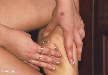 Piercing Leg