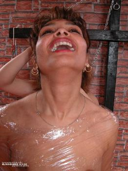 Nivi - slave first time